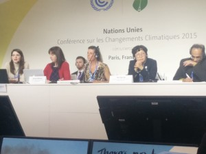 TRAC3 member Alex Lesnikowski (far left) presenting at COP21