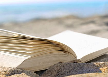 Book recounts fights to open beaches in Greenwich, state
