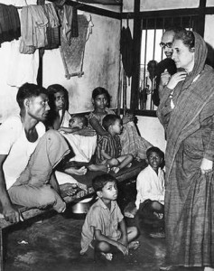 Indira Gandhi meeting a group of refugees from East Bengal at the Kaliganji camp, Assam, in June 1971 (Source: http://www.thehindu.com/multimedia/dynamic/00866/17TH-opedBanglaRumi_866425g.jpg)